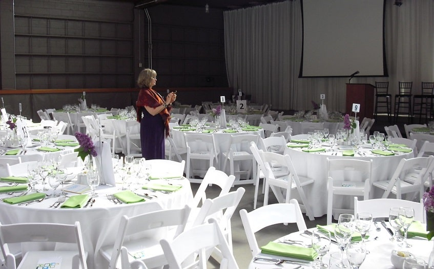 top tips to organize a successful gala dinner event