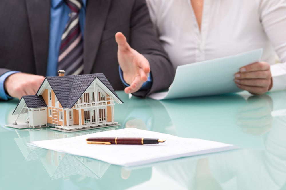 Your Handy Guide To Hire Reliable Property Conveyance Lawyers