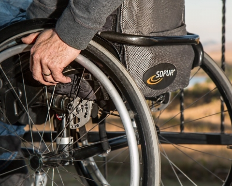 FIVE BEST PROFESSIONS FOR PHYSICALLY CHALLENGED PEOPLE