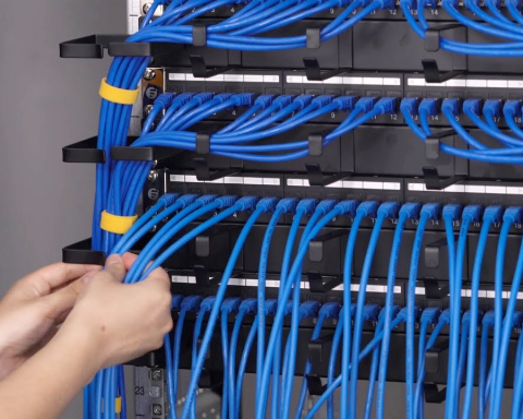 horizontal cabling and vertical cabling