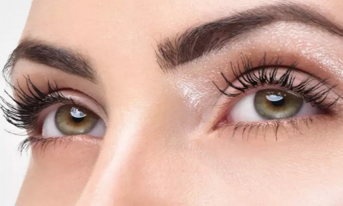 How to Grow Long and Thick Eyelashes